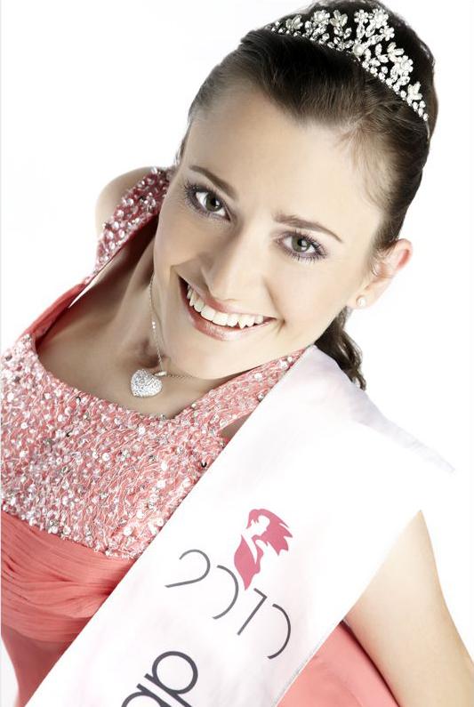 Miss Handycap 2010 Jasmin Rechsteiner mit Scherpe, Wahlnachtkleid, Diadem
